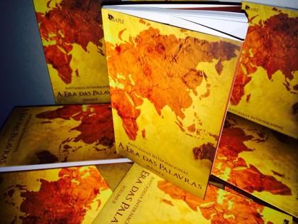 Escritoras de Balneário lançam livro no Rio de Janeiro
