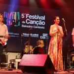 Valsa Iluminada leva três troféus no Festival da Canção 2015