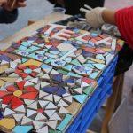 Sábado tem oficina gratuita de mosaico na Praça da Cultura