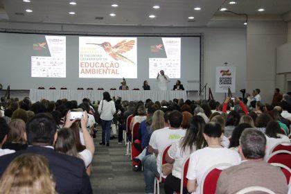 Fórum Brasileiro de Educação Ambiental segue até quarta-feira
