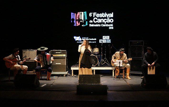 Triagem das músicas do Festival da Canção ocorre segunda e terça-feira