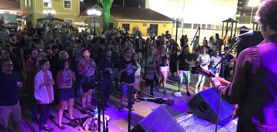Mais de mil pessoas participaram do Rock Folia