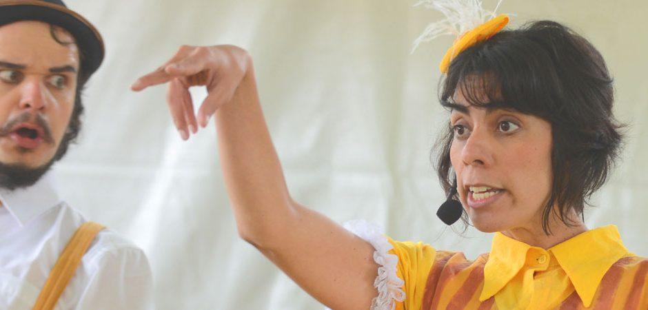 Teatro: Quarta-feira tem cultura popular no Baú de Histórias do Sesc
