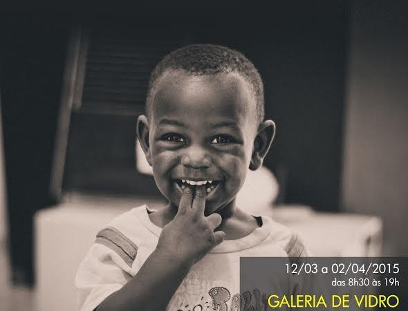 Vida dos haitianos em Balneário Camboriú é contada em fotografias