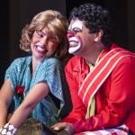 HOJE!! Espetáculo gratuito do Circo Biriba no Teatro Municipal de Balneário Camboriú