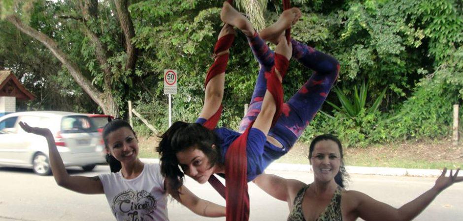 Oficinas de tecido acrobático começaram no domingo (15)