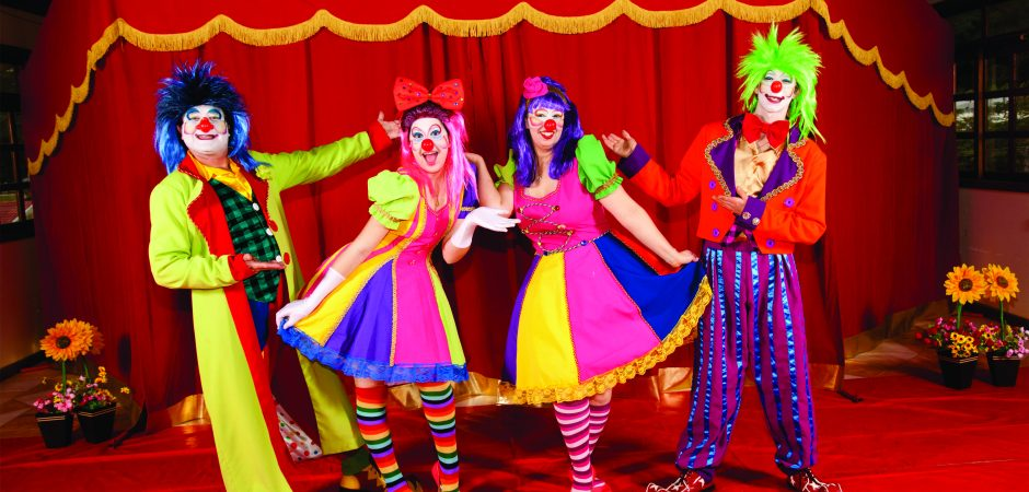 """Espetáculo """"Fantasia"""" leva a magia do circo para o Teatro Bruno Nitz"""