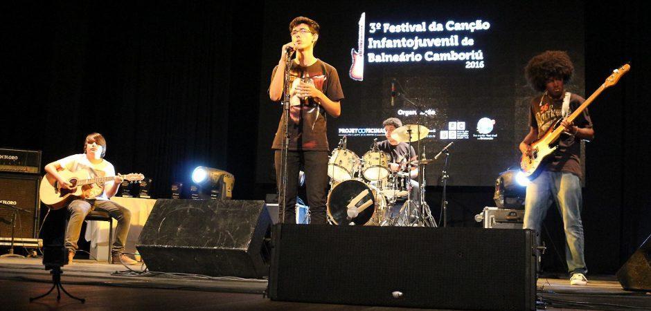 Finalíssima do Festival da Canção Infantojuvenil é nesta sexta
