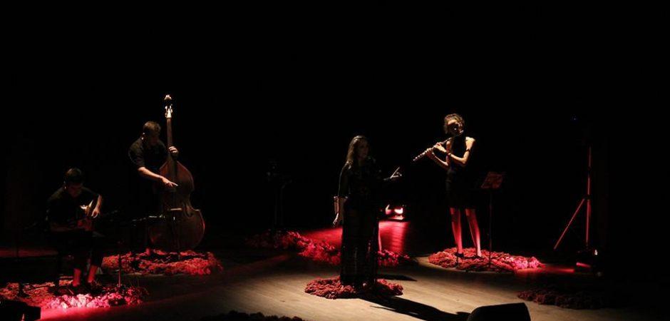 Show de lançamento do CD Avessa será reapresentado nesta quinta (22) no Teatro Bruno Nitz