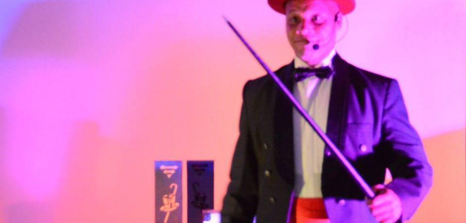 Nesta terça-feira tem ilusionismo no Teatro Bruno Nitz