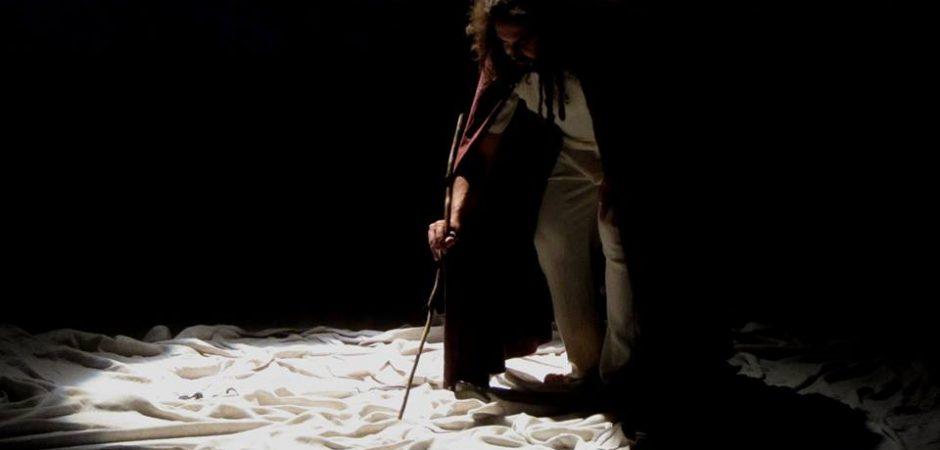 """Espetáculo """"O Ambientalista"""" volta ao palco do Teatro Municipal Bruno Nitz"""