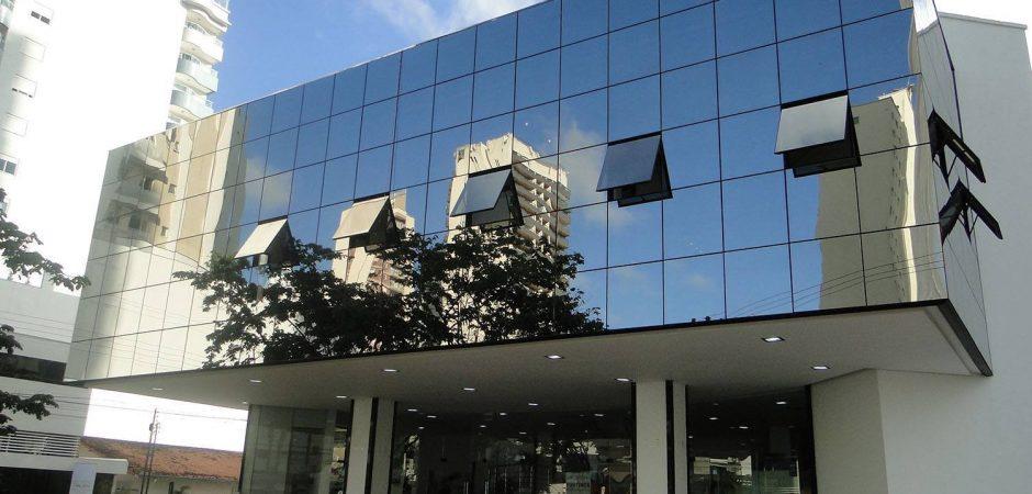 Inscrições de propostas de espetáculos para o Teatro Municipal Bruno Nitz encerram-se em 2 de maio