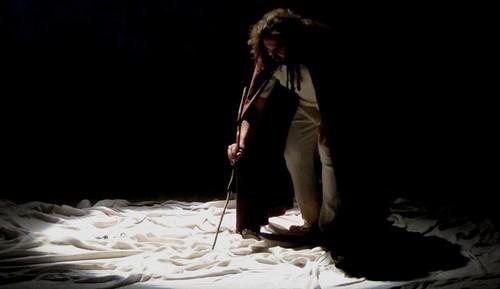"""Peça """"O Ambientalista"""" será apresentada nesta quarta e quinta-feira no Teatro Bruno Nitz"""