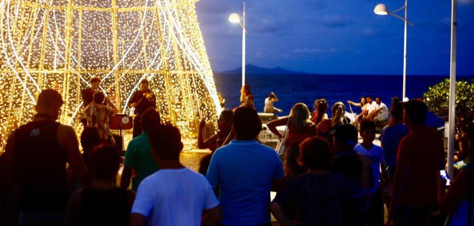Shows de fim do ano acontecem até sábado em Balneário Camboriú