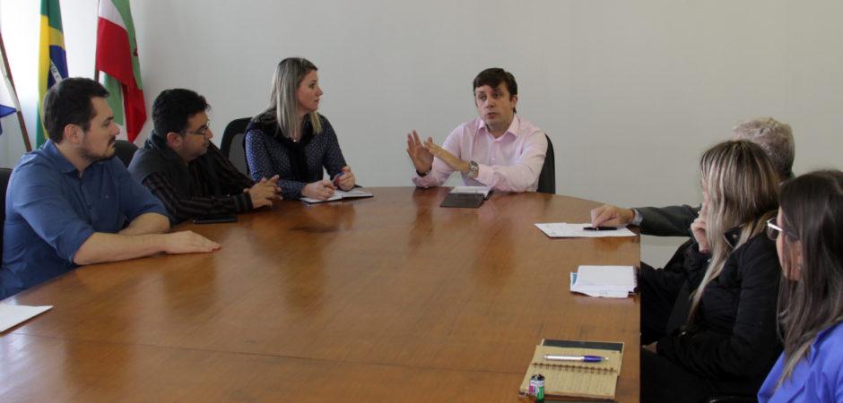 Prefeito reúne Comitê de Crise e determina novas medidas dos serviços municipais