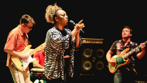Música Sempre Mais vence o Festival da Canção de Balneário Camboriú